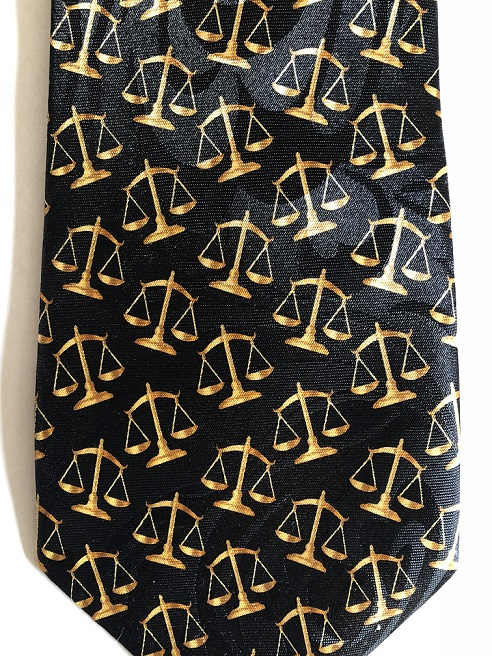SCALES OF JUSTICE (black)
